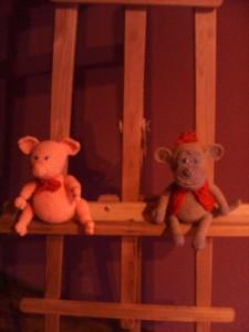 поросёнок и обезьянка вязаные